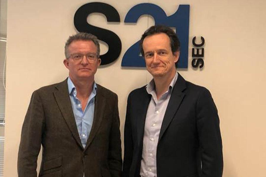 Simon Church, nuevo director no ejecutivo de S21sec y Agustín Muñoz-Grandes, CEO de S21sec.