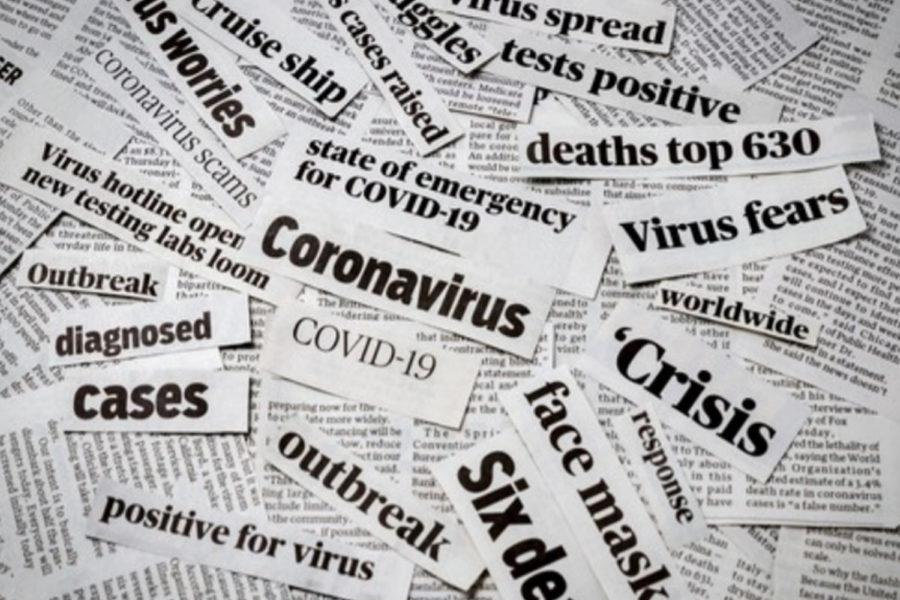 Recortes de periódico sobre virus