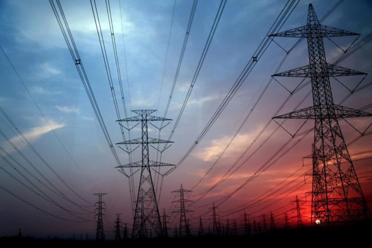 Red eléctrica, tendido electrico, electricidad, servicios esenciales, infraestructuras críticas