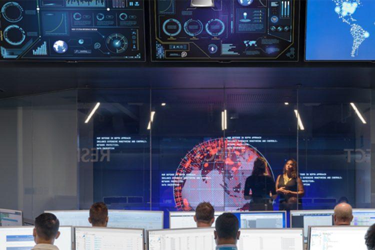 Centro de control de ciberseguridad.