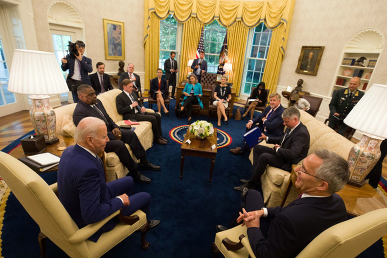 El presidente Joe Biden Jens Stoltenberg reunión